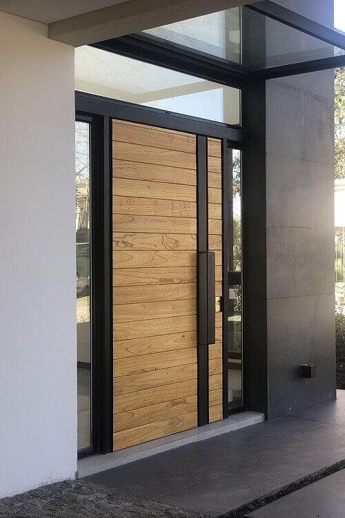 На какво да обърнете внимание, при покупна на блиндирана врата?
